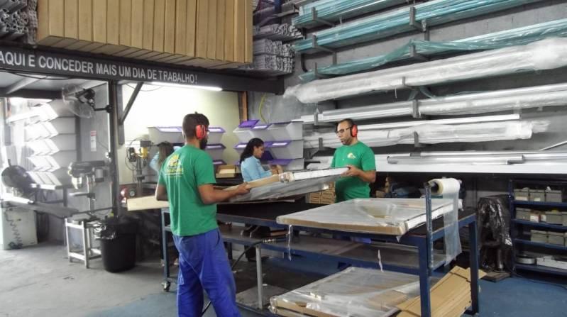 Toldo de Alumínio de Fácil Montagem Preço São Paulo - Toldo de Alumínio para área de Serviço